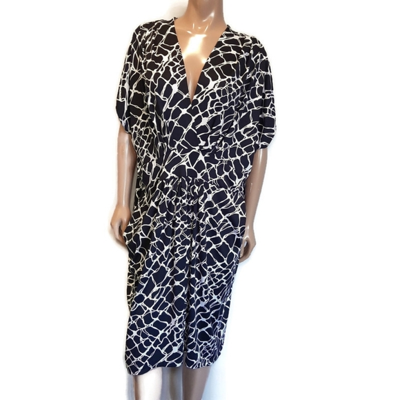 PENNINGTONS Giraffe Print Surplice Pleated Dress